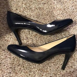 Navy Blue High heels 👠 EUC in original box.